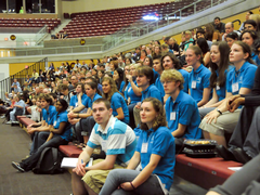 A sea of FFW student volunteers