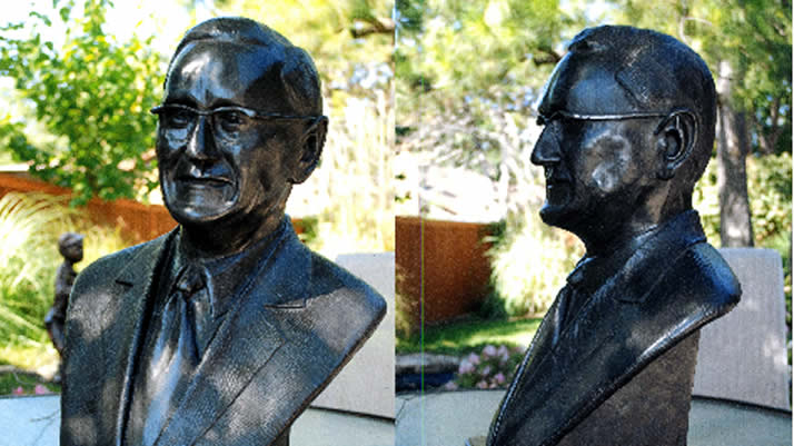 A bust of William Spoelhof created by 1958 Calvin alumnus Ken Hoving