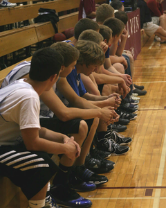 A team on the sidelines of Van Noord's main court