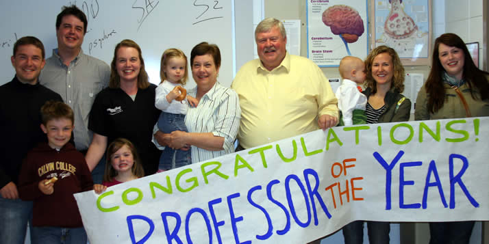 Scott Stehouwer, a 34-year veteran of the psychology department, is the students' choice.