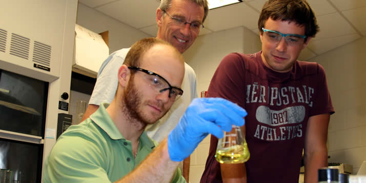 Larry Louters and four student researchers are studying how a dietary supplement works on diabetes.