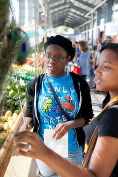 Students at Fulton Street Market