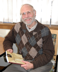 Music professor emeritus Calvin Stapert
