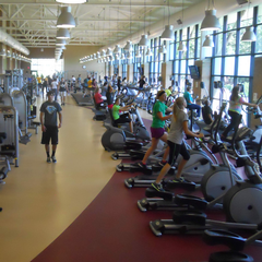 Students work out in the Morren Fitness Center.