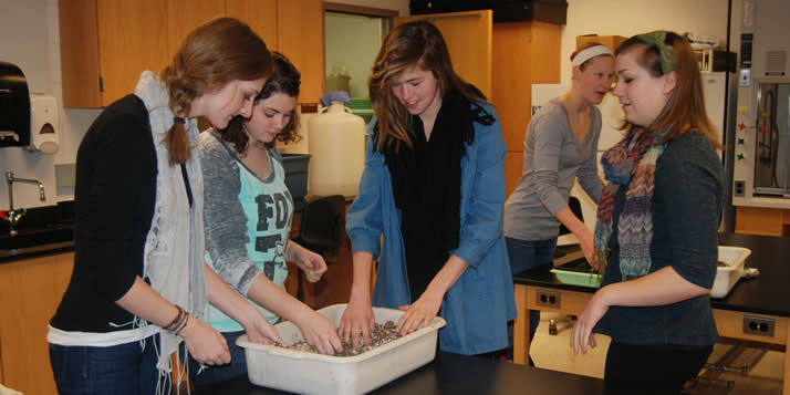 An interim class learns about eating healthier, more sustainably and more homemade.