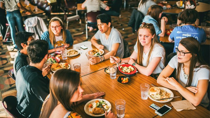 calvin college dining services Creative dining services is a hospitality and dining services provider whose clients included colleges and universities, business & industry, conference centers, senior living, k12 schools.